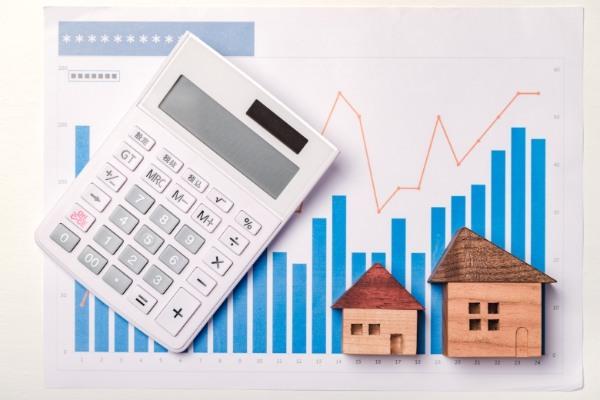 不動産投資における利回りの計算方法とは? 表面利回りと実質利回りの違いも解説