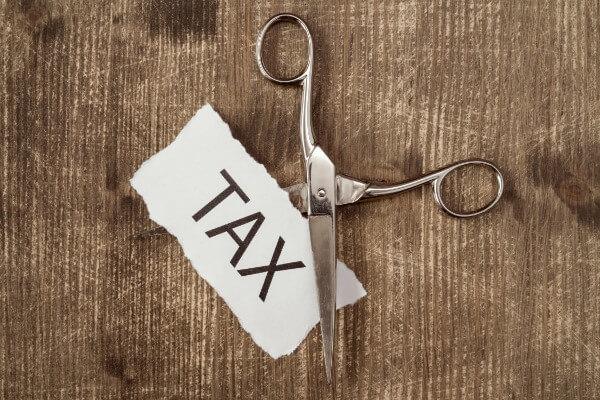 「不動産投資が節税になる」のはなぜ?注意点も解説